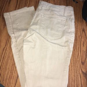 Khaki pants size 13 in great condition